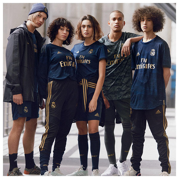 The 2019/20 Real Madrid away kit takes its inspiration from the atmosphere generated at the Santiago Bernabéu