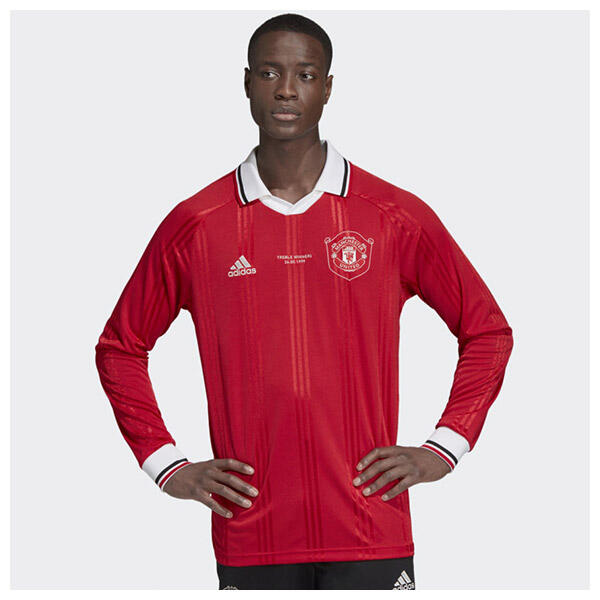 The 2019/20 Manchester United Icons Jersey