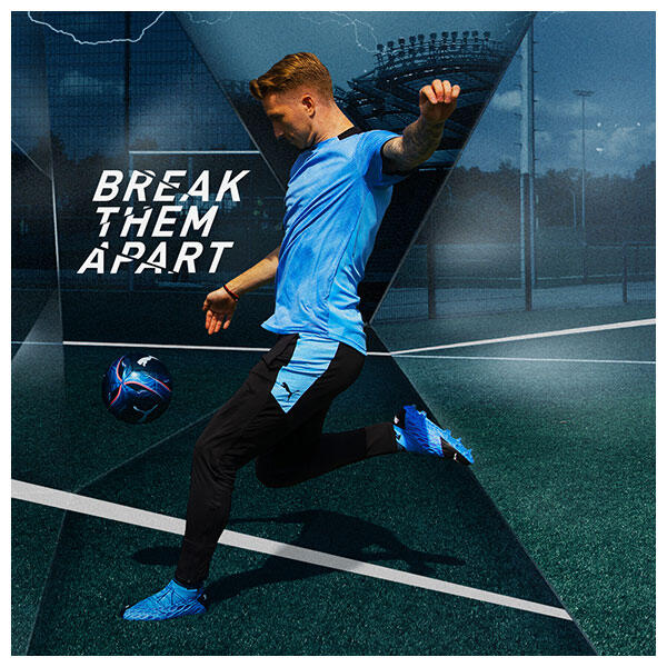 Marco Reus wears the PUMA FUTURE Flash