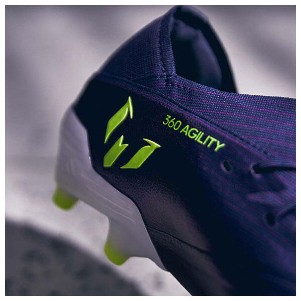 The Indigo/Electricity colourway takes a certain amount of inspiration from Messi's 2010 World Cup F50